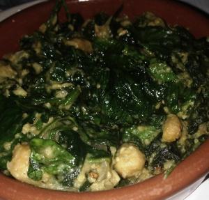 Spinach-chickpea cazuela